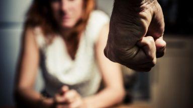 Домашен насилник преби до смърт жена си по особено мъчителен начин