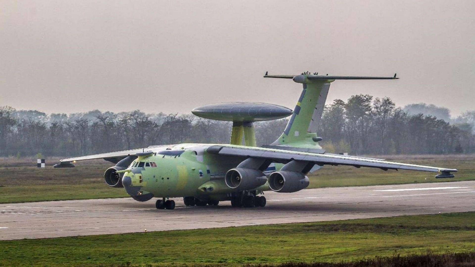 Новият руски самолет за радиолокационен патрул А-100 извърши първия си полет
