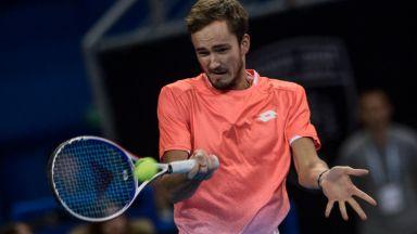Безкомпромисният Медведев се класира на финал в София