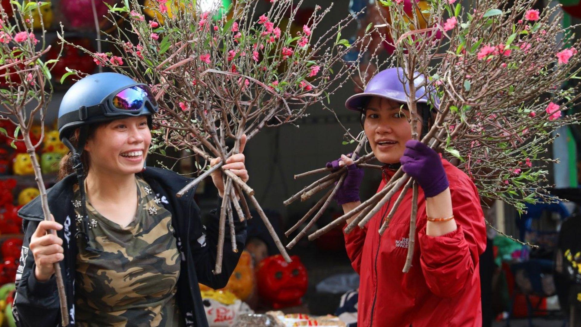 Виетнамците се връщат в България като работна ръка