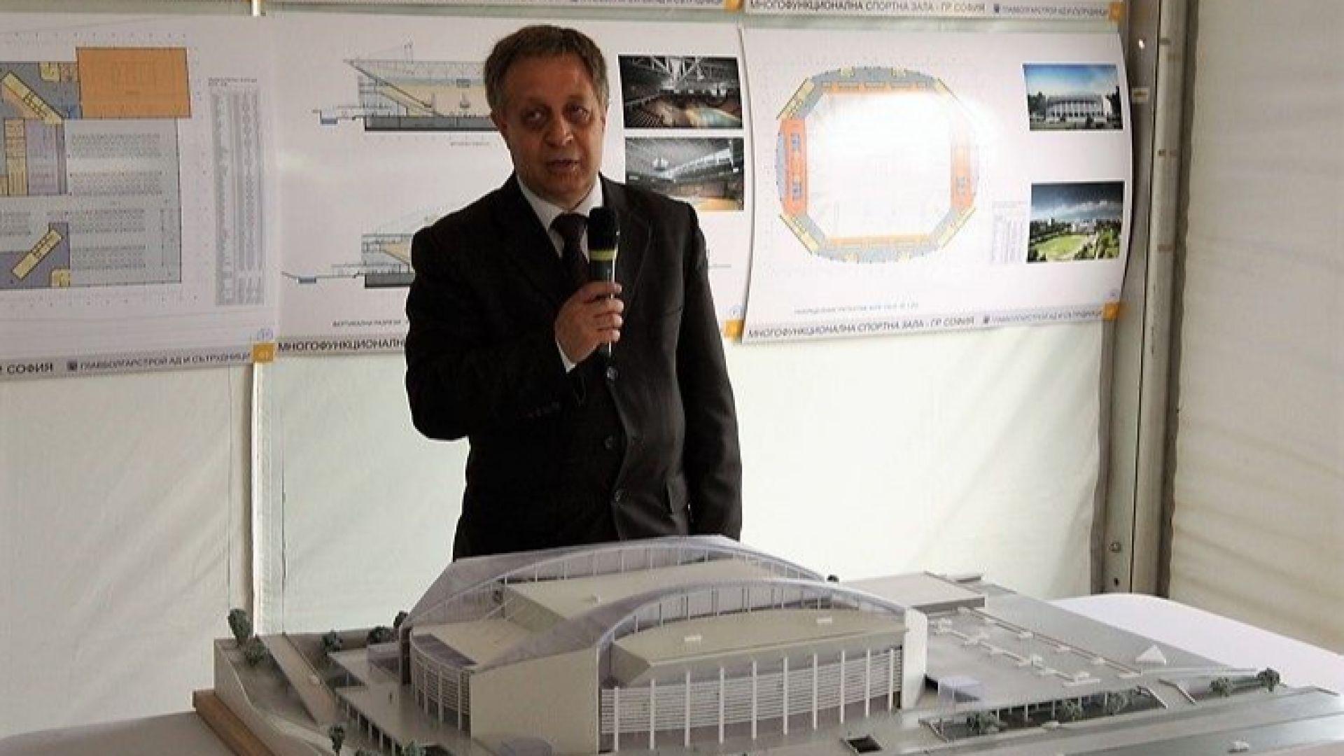 Известният архитект Жеко Тилев е починалият при произшествието с тролейбус