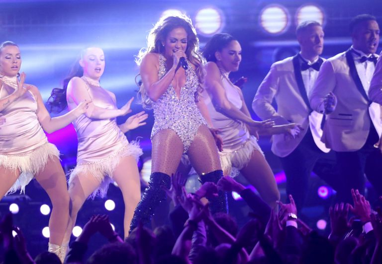 Дженифър Лопес на 61-те годишни награди Грами