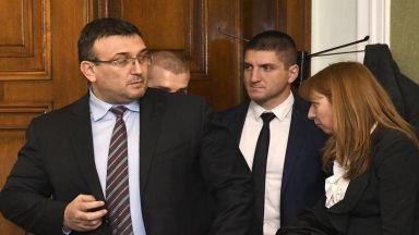 Адвокатът, приемал преводите от Венецуела, е Цветан Цанев