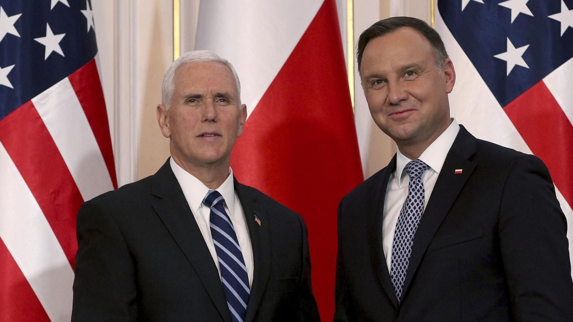 Майк Пенс от Варшава: Русия се опитва да раздели НАТО