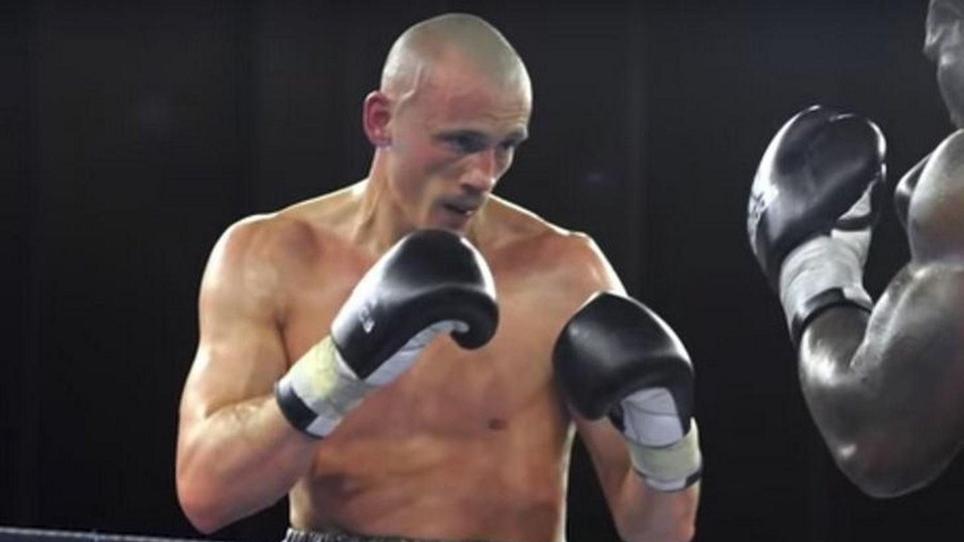 Година затвор за бивш боксьор, атакувал полицаи в Париж