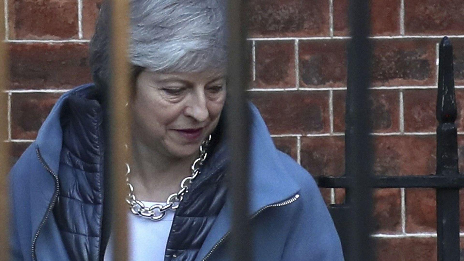 Британският кабинет се надява, че при трето гласуване сделката за Брекзит ще бъде одобрена