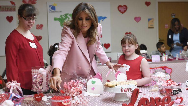 Вижте как Мелания прекара Свети Валентин (снимки)