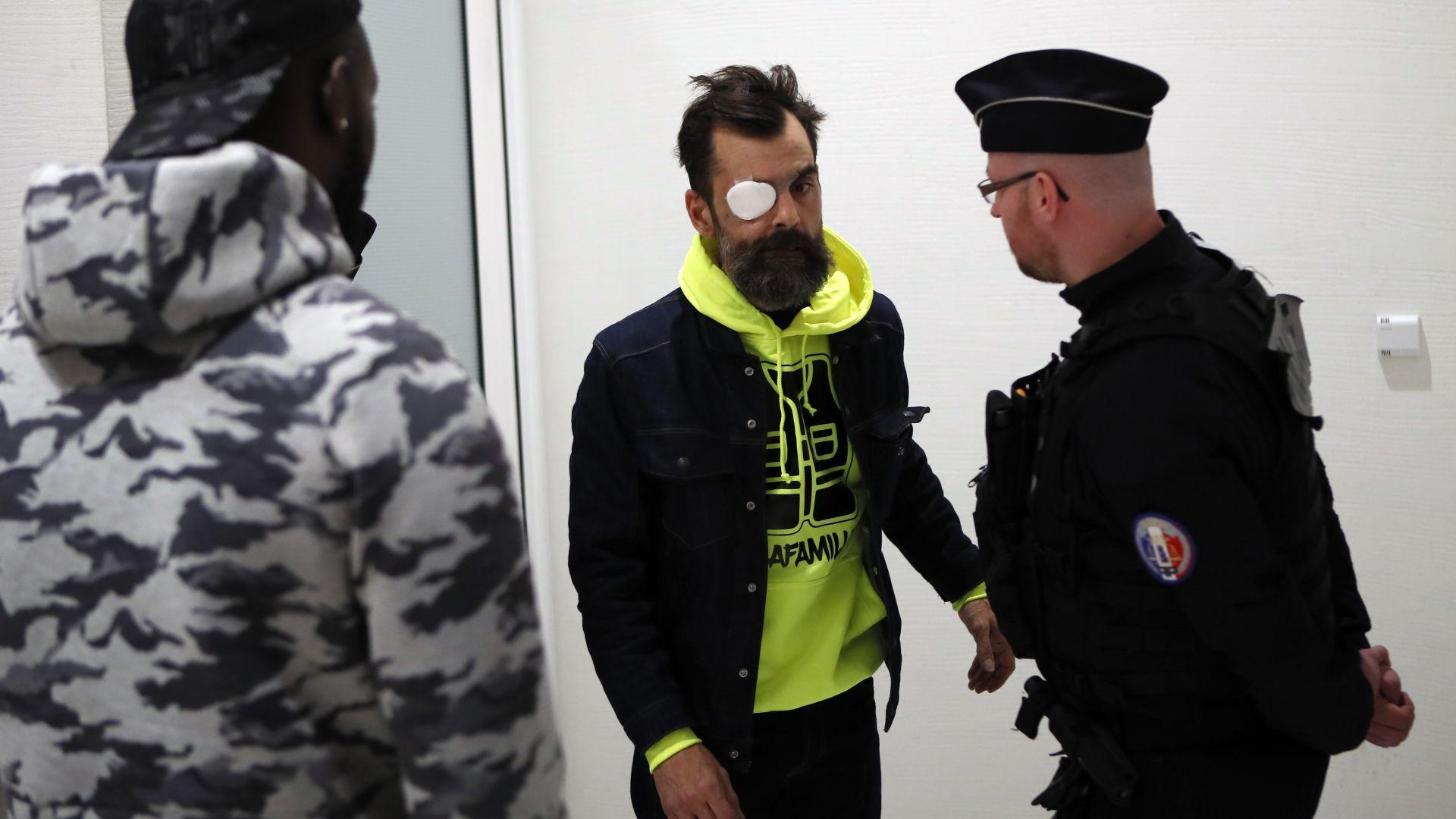 Съдебно дело срещу виден лидер на жълтите жилетки в Париж
