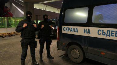 Митьо Очите кацна в София с белезници и получи обвинение в ареста (снимки и видео от МВР)