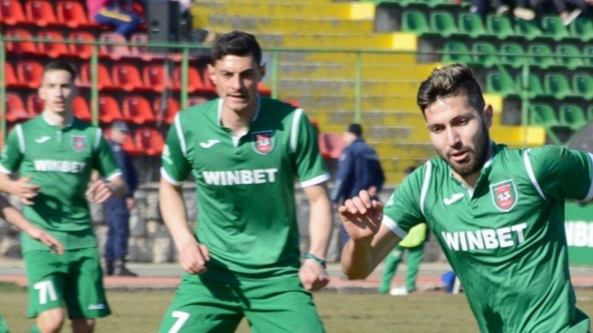 Класика във Враца уби интригата в долната осмица