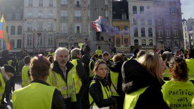 """Протестите на """"жълтите жилетки"""" продължават вече три месеца"""