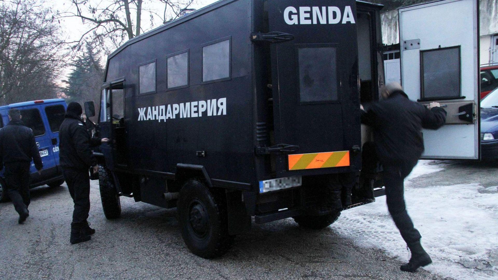 Спецакция на МВР и арести на телефонни измамници в Разградско