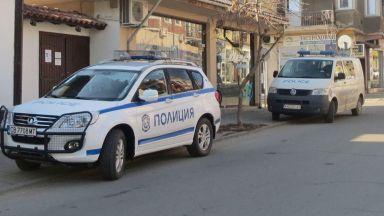 МВР издирва 19-годишен за убийството в Кюстендил (снимки)