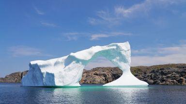 Откраднаха 30 000 литра вода от айсберг