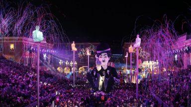 """Откриването на карнавала в Ница пародира """"втората реалност"""" на световната политика"""