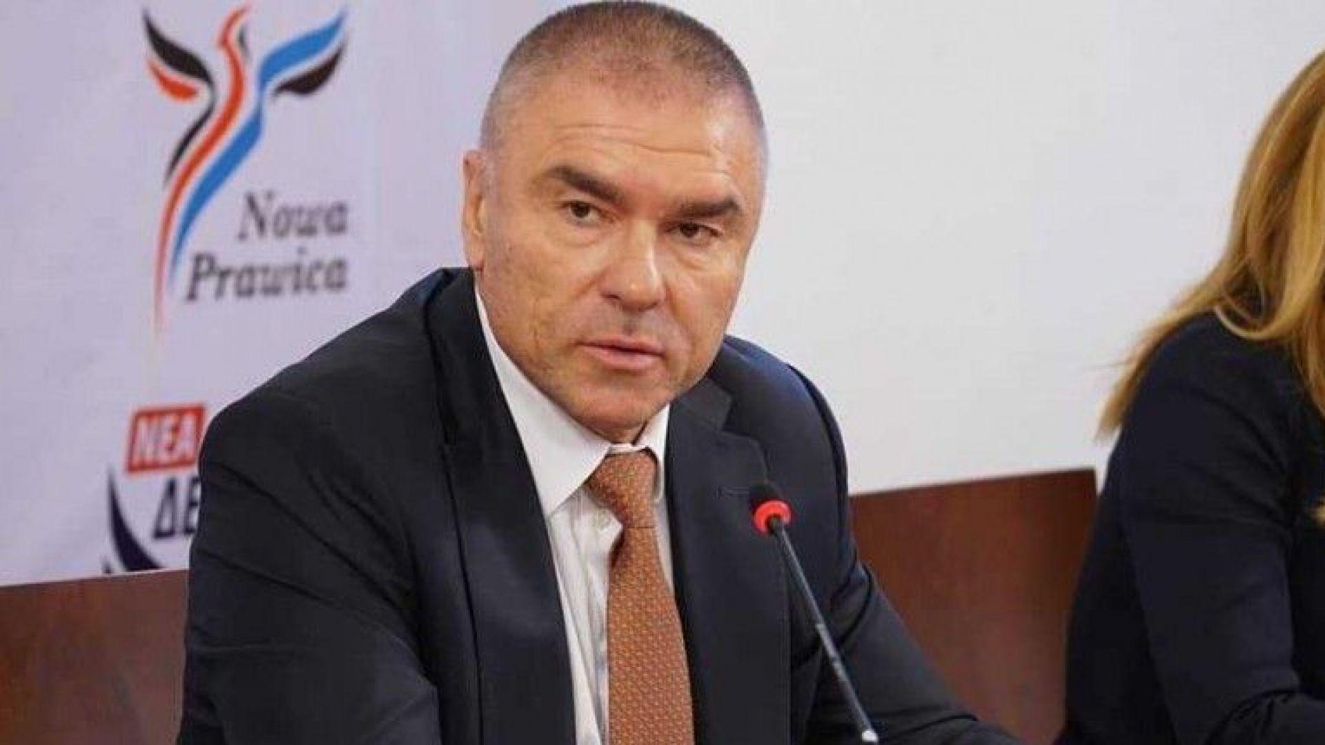 На днешния брифинг на ГЕРБ депутатът Георги Марков си позволи