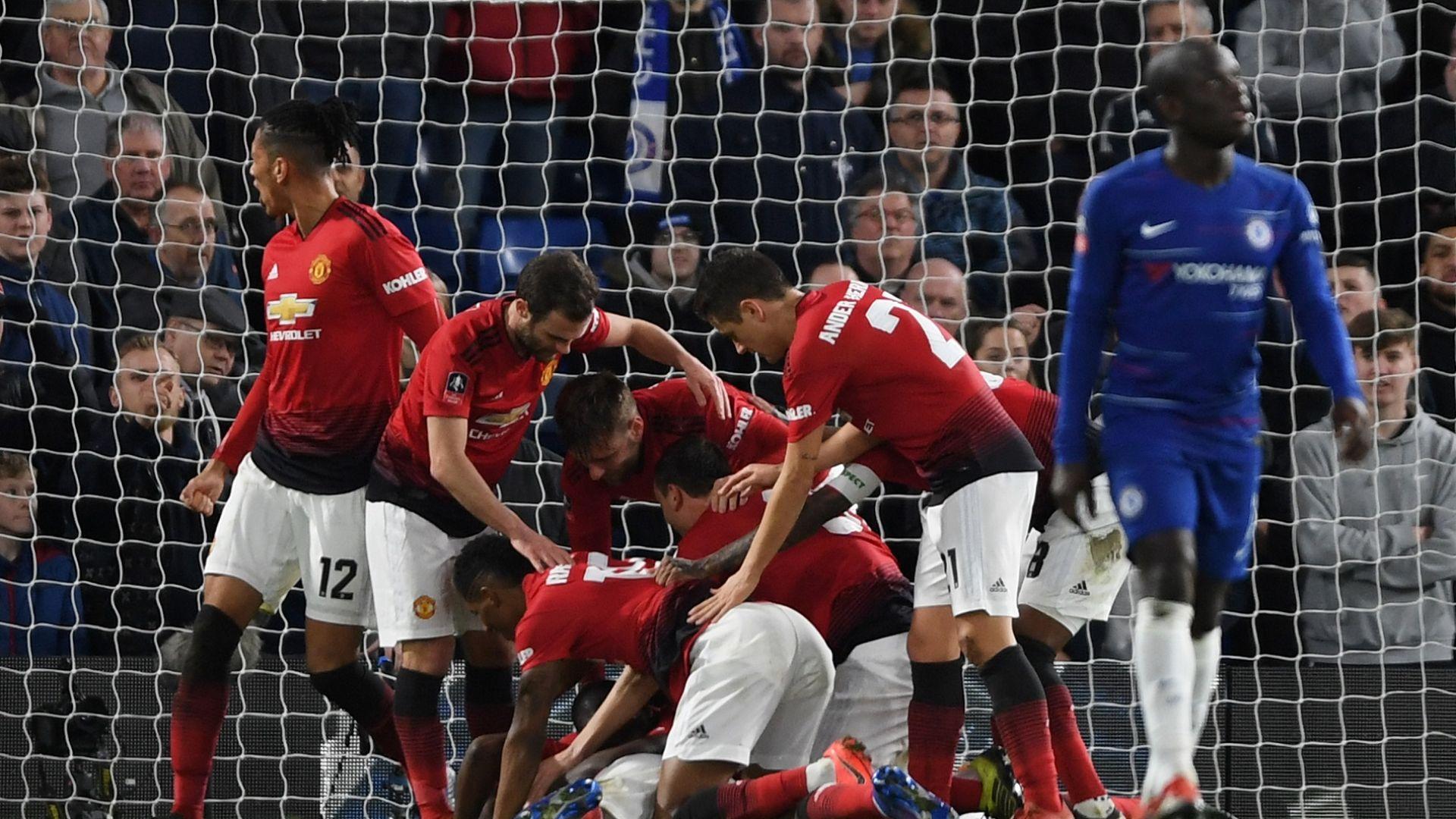 Погба вдъхнови Юнайтед и свали Челси от трона