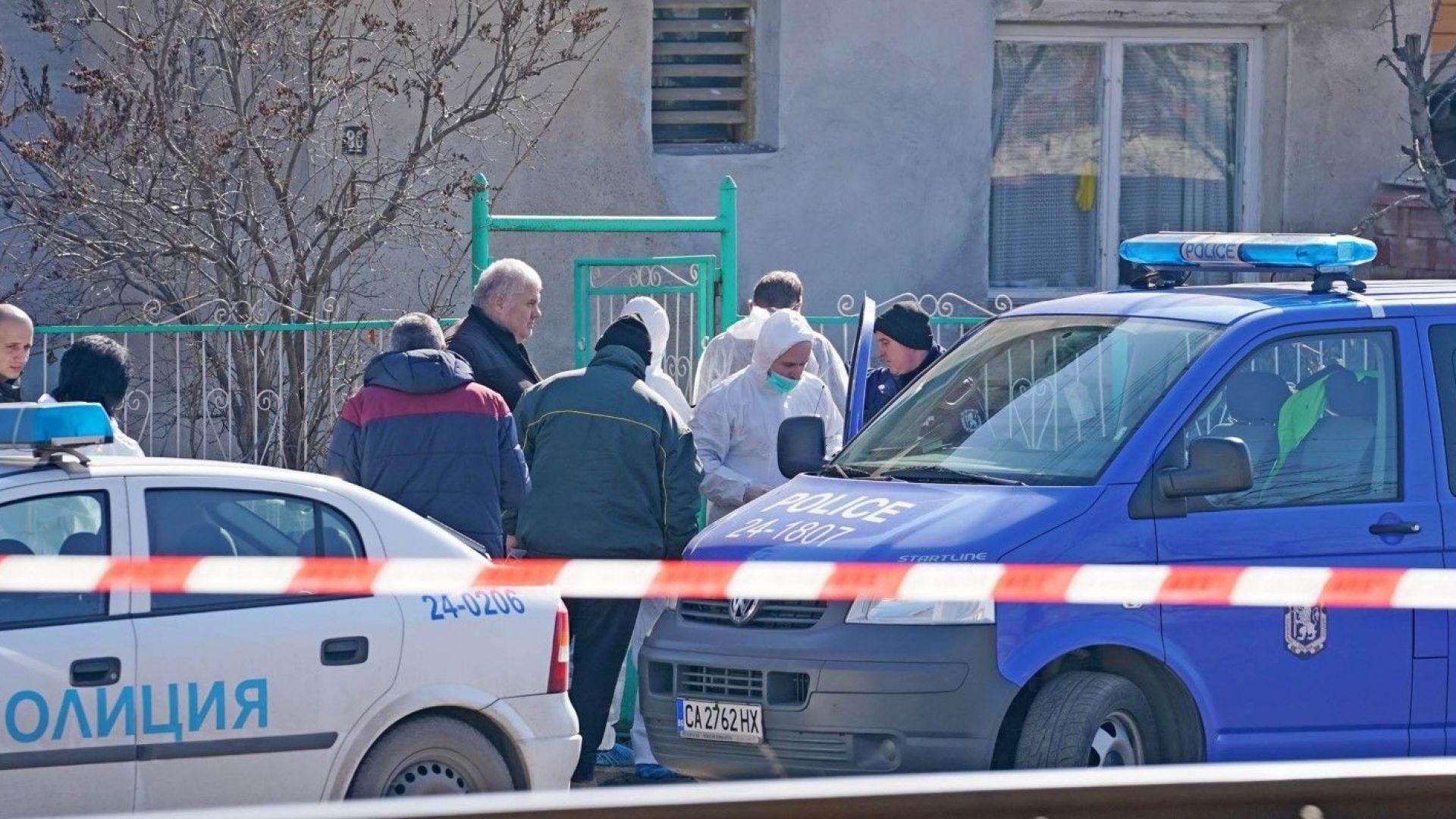 Масовото убийство в Нови Искър е извършено още в петък вечерта