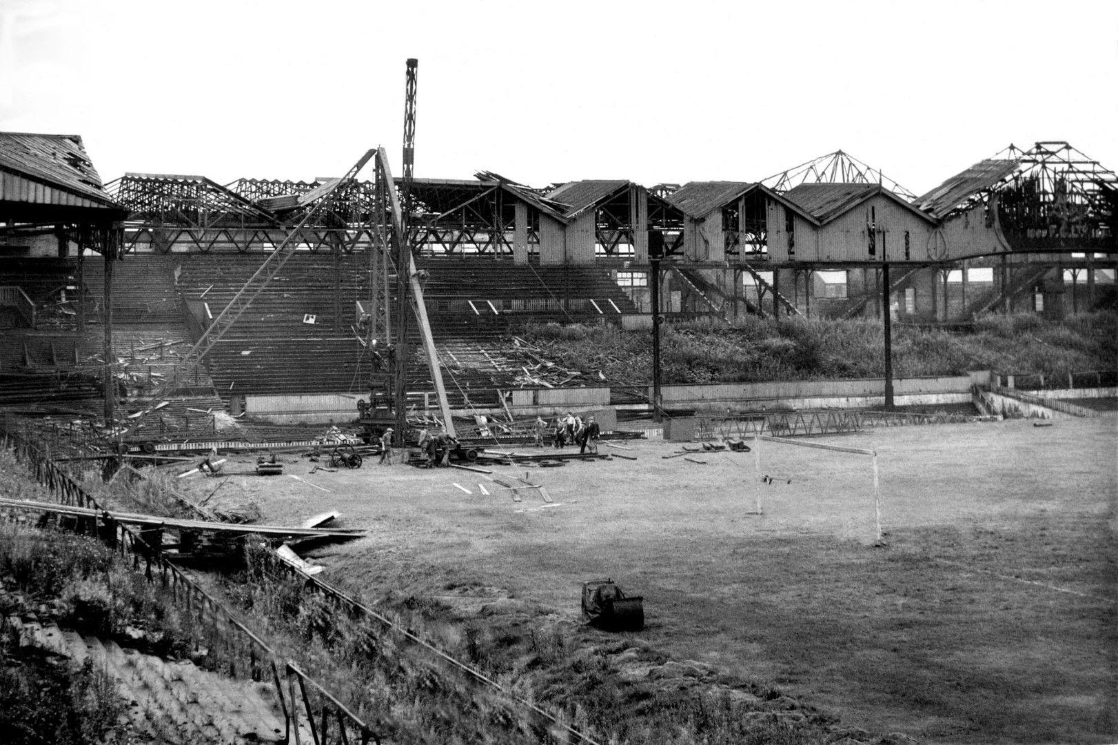 1941 г. - това остава след бомбите на германците