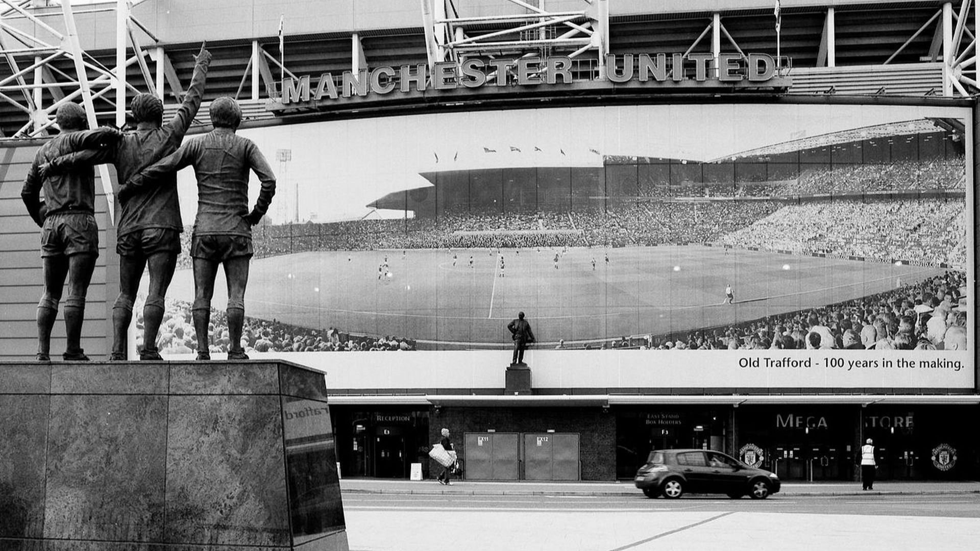 Ден първи на един 109-годишен футболен храм