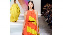 Дизайнерката на Кейт и Мелания заложи на антистресова елегантност