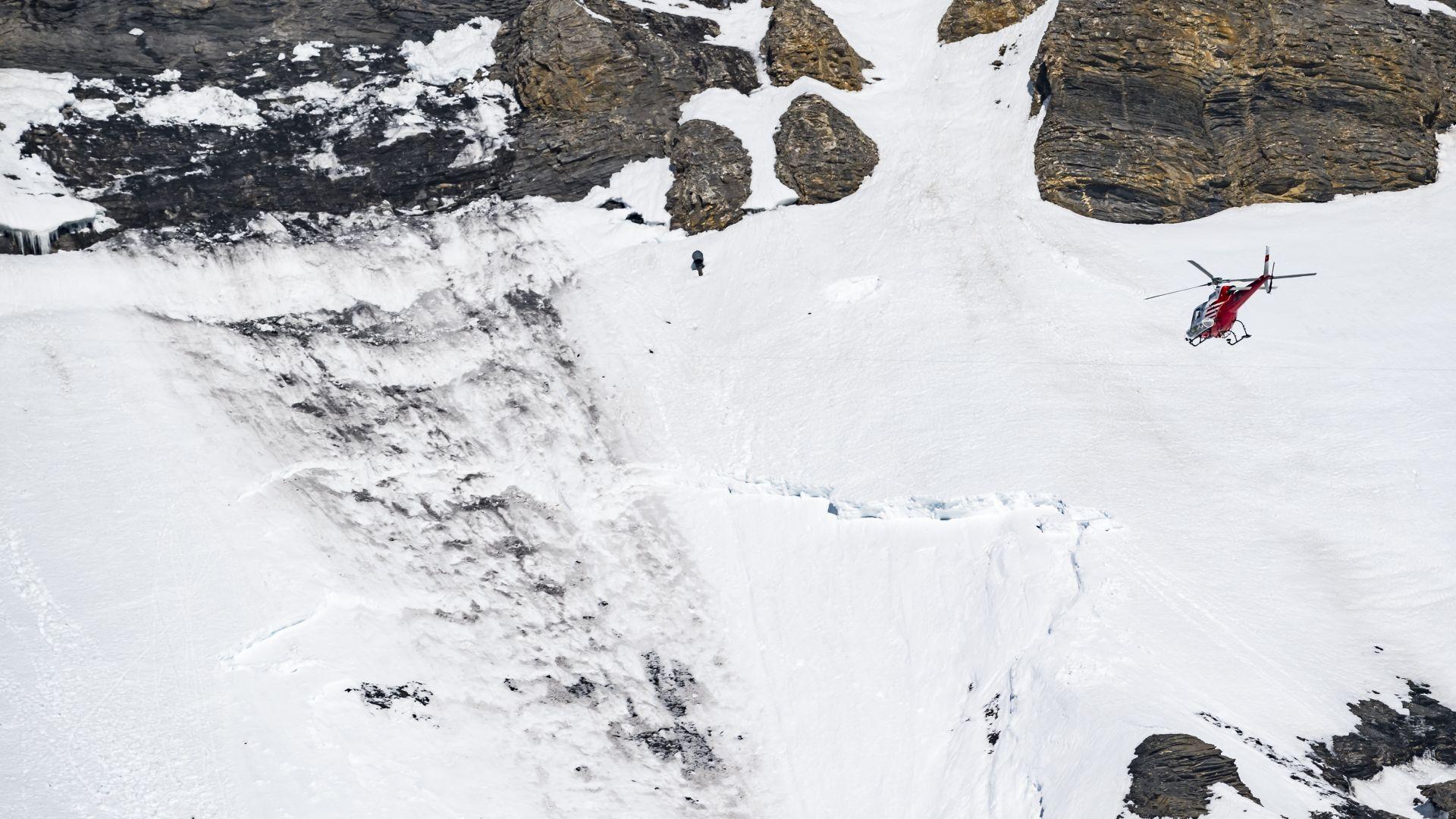 Починал е един от четиримата скиори, спасени, след като бяха