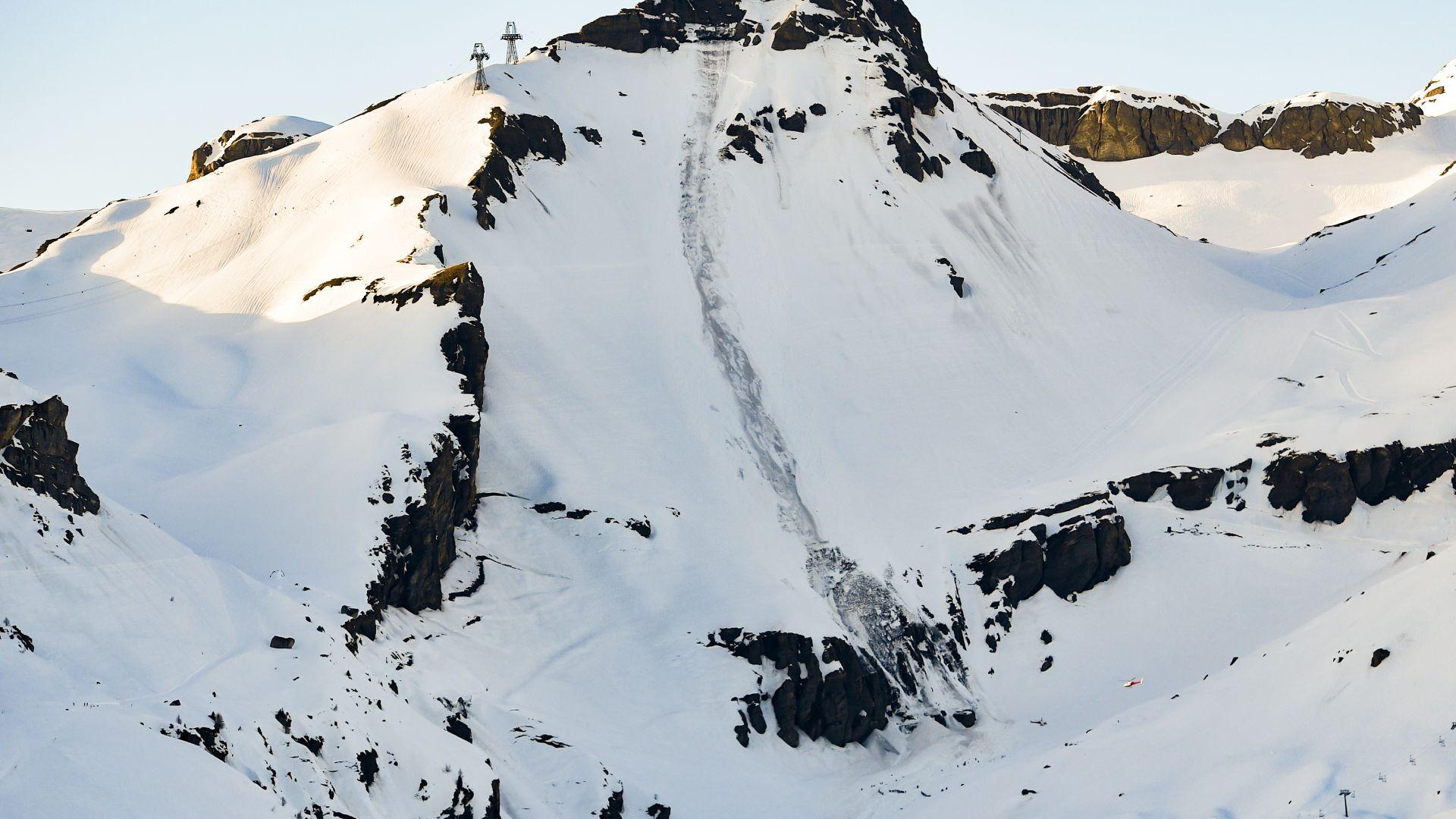 Четирима немски скиори загинаха при лавина в швейцарските Алпи