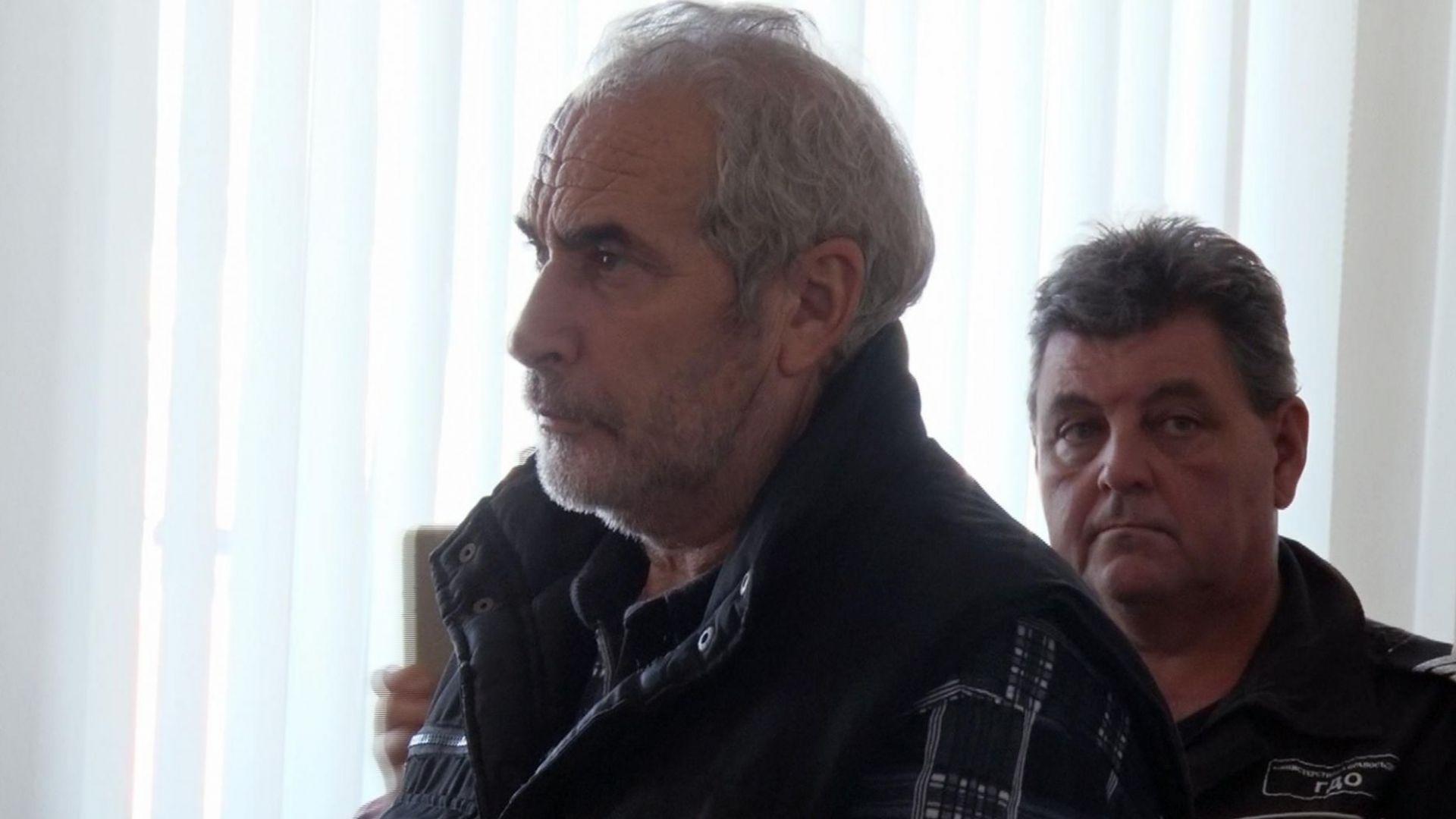 30 г. затвор за четворния убиец, изклал семейството на чичо си заради имот
