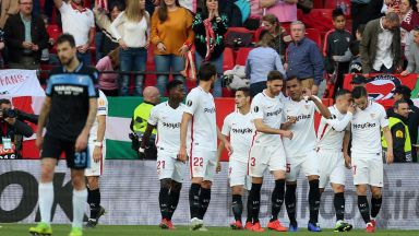 """Севиля отказа Лацио и продължава напред в """"своя"""" турнир"""