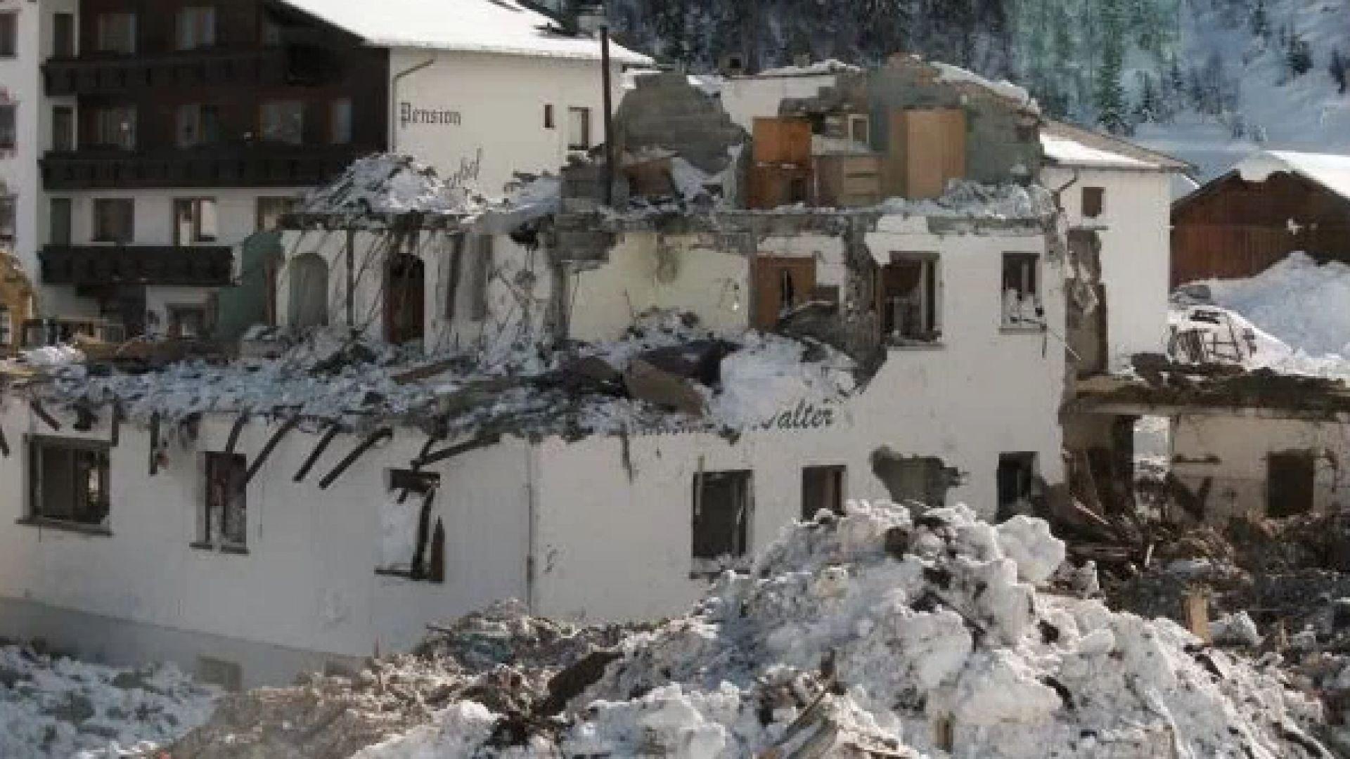 23 февруари 1999 г. - лавина от 300 000 тона сняг убива 31 души в Галтюр (снимки)
