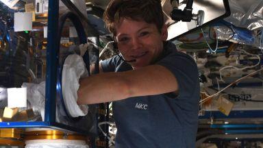 За пръв път две жени ще излязат едновременно в открития Космос