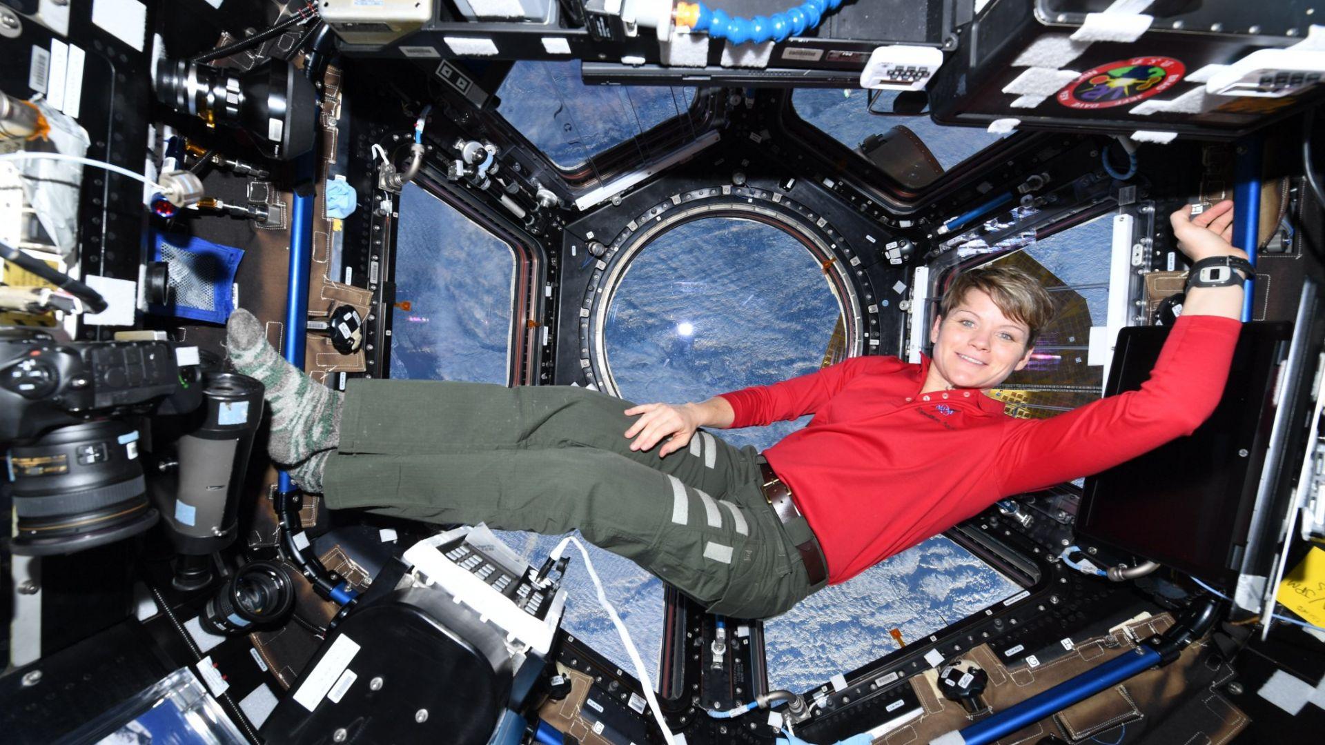 Американската астронавтка пораснала с 5 сантиметра в Космоса
