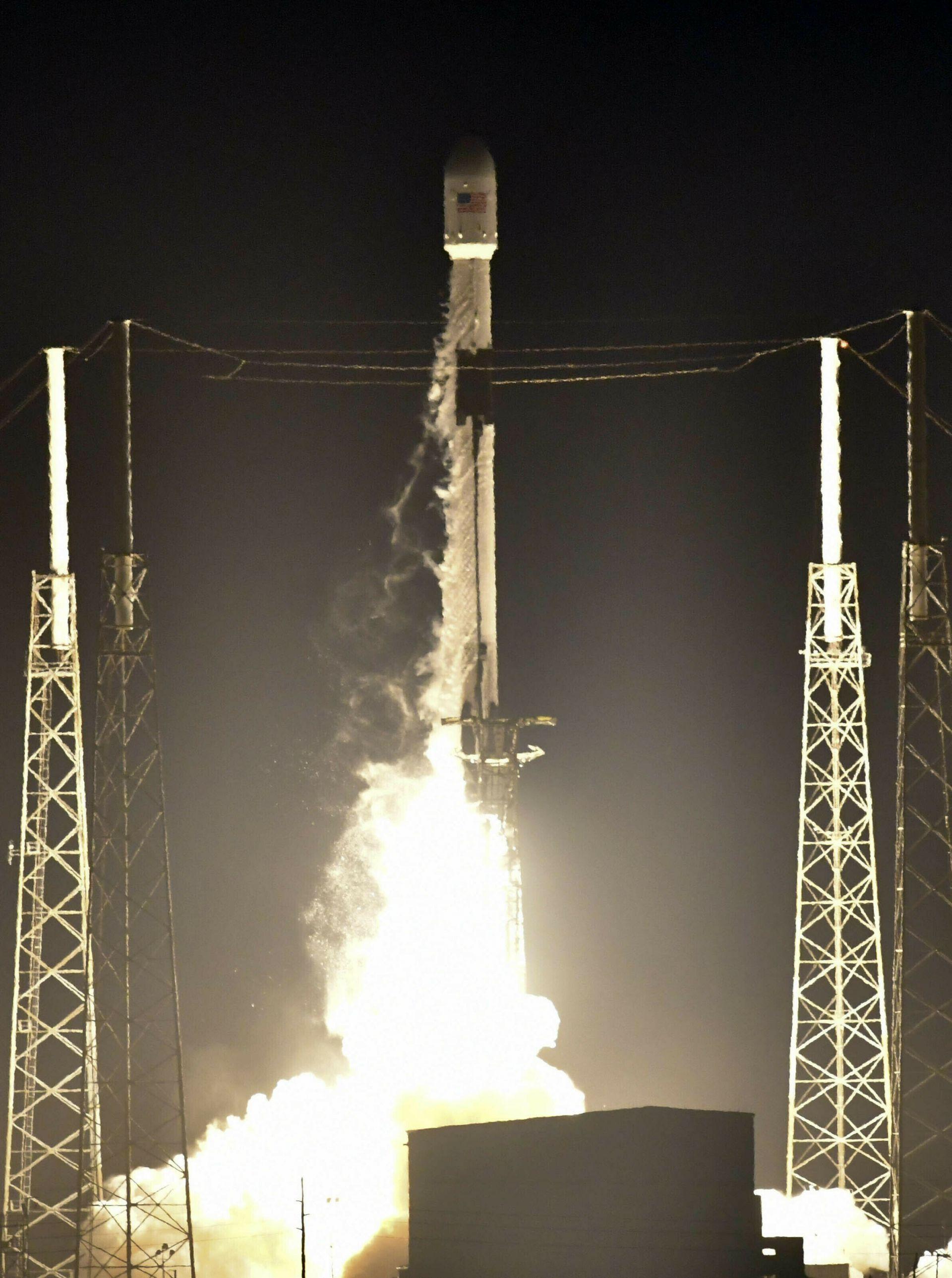 """Изстрелването на лунния космически апарат """"Берешит"""""""