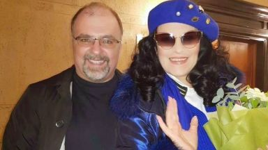 Оперната дива Анджела Георгиу пристигна в София
