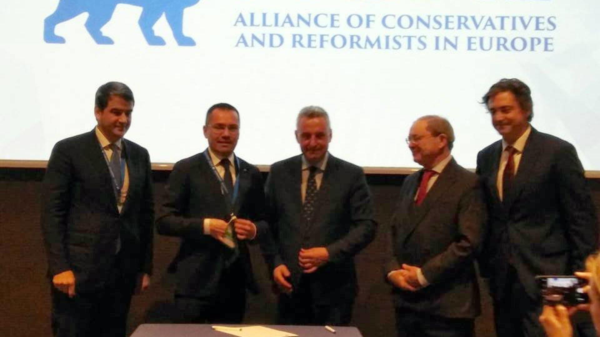 Снимка: ВМРО стана член на Алианса на европейските консерватори и реформисти