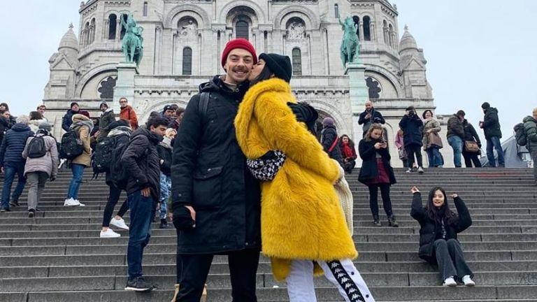 Дара с новия си приятел в Париж