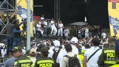 Гуаидо напусна Венецуела за Сблъсъка на концертите, а Мадуро затвори границата след него