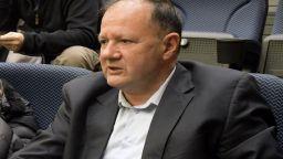 Миков: Истината е, че Нинова иска да отстрани Станишев