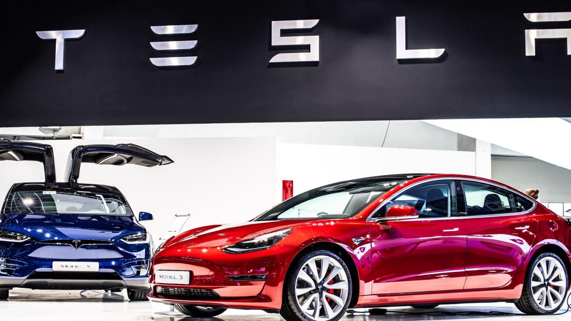 """""""Тесла"""" изгуби изненадващо 80 милиарда долара от пазарната си стойност"""