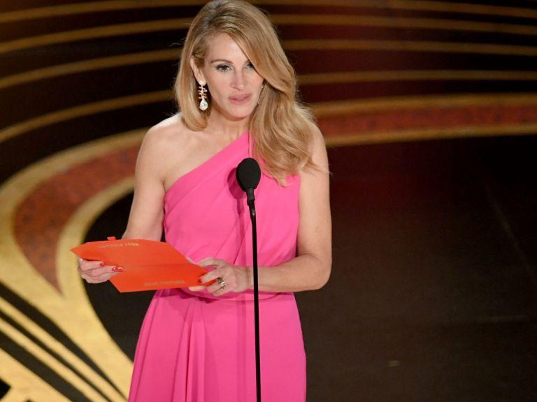 Джулия Робъртс получава  звезда на Алеята на славата