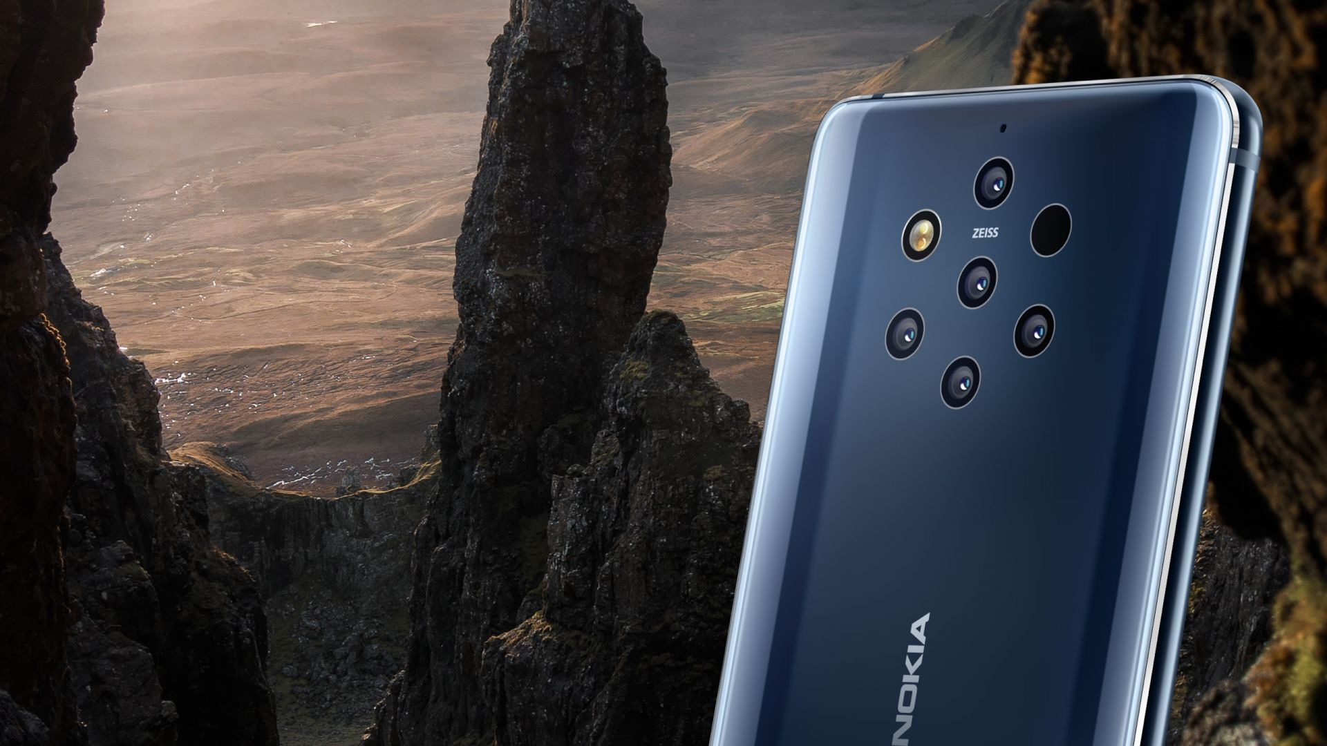 Nokia представи първия смартфон с петорна камера