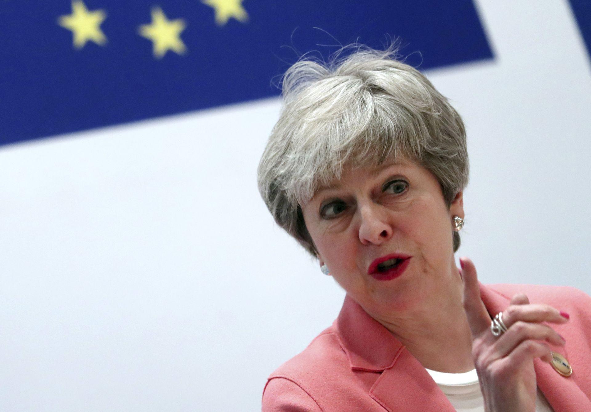 Постижимо е да напуснем със споразумение на 29 март и тъкмо натам смятам да насоча цялата си енергия, каза британският премиер