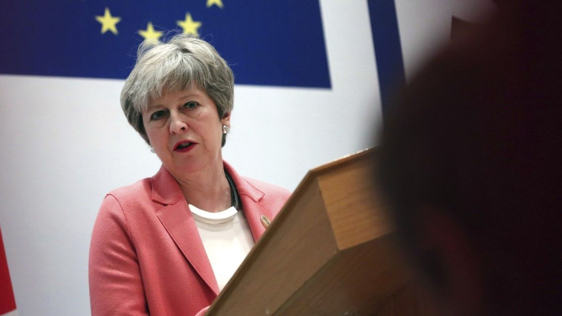 Мей: Все още има шанс за Брекзит със сделка на 29 март