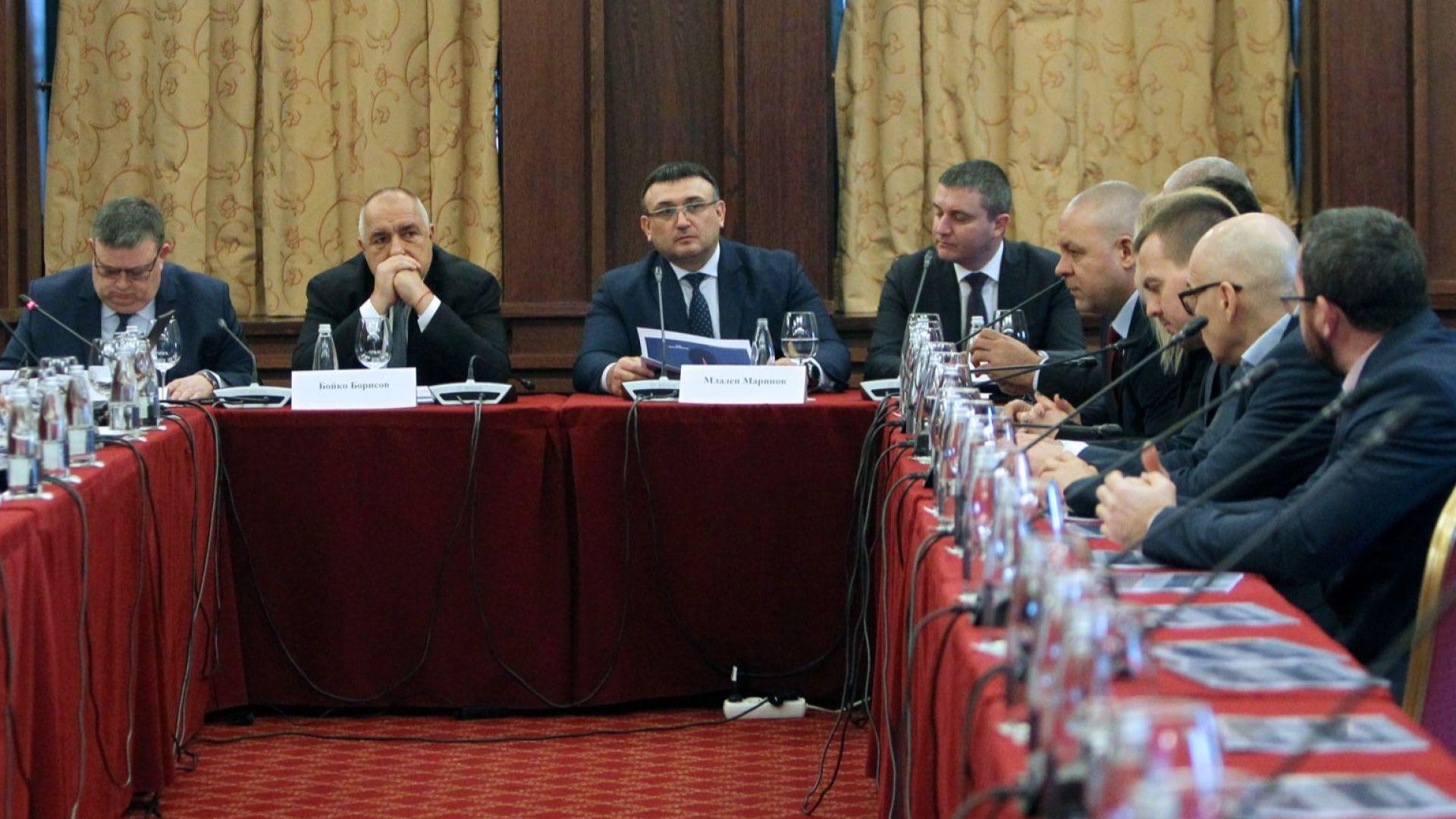 Борисов: Да внимава сивият сектор с горивата, тези с цигарите вече са в ареста