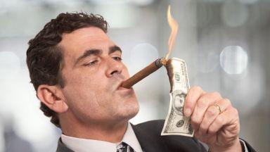 Богатите също плачат: 212 китайци загубиха статуса си на милиардери