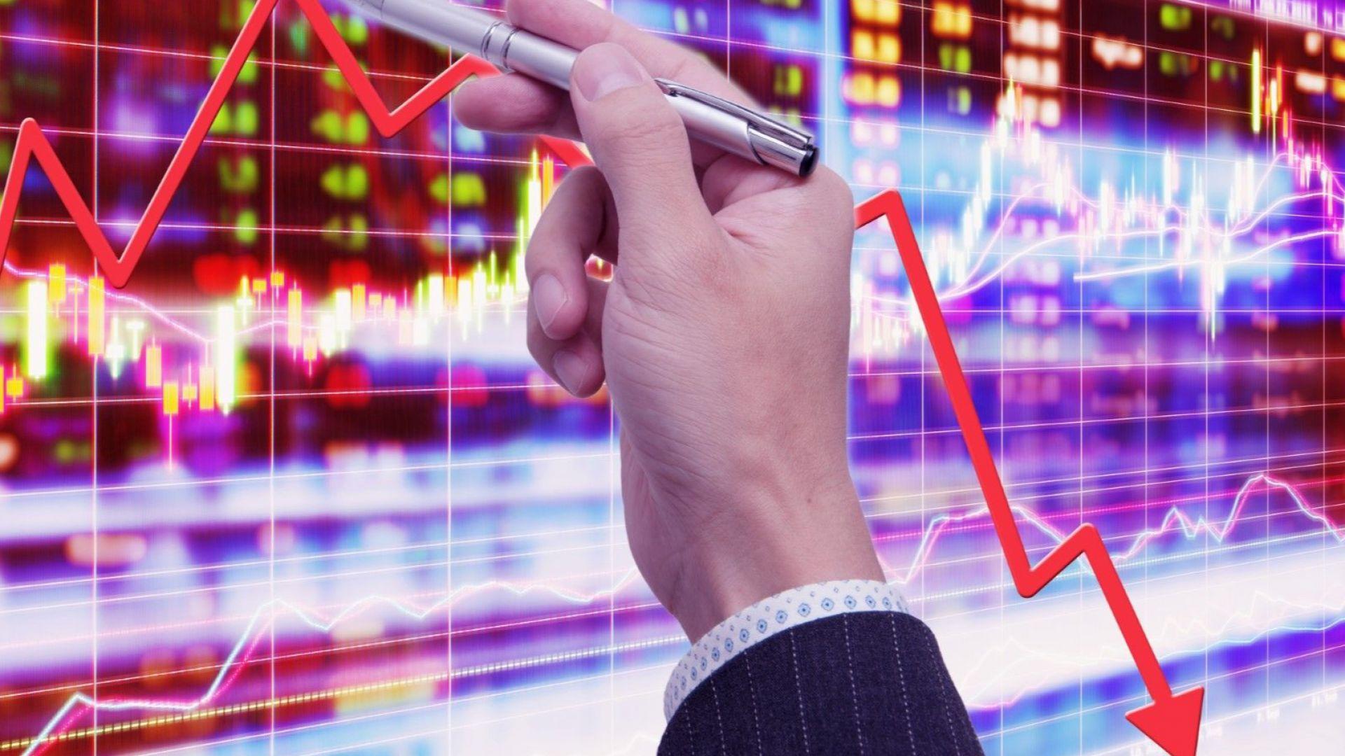 Експерт: Глобалната икономика вероятно е достигнала дъното