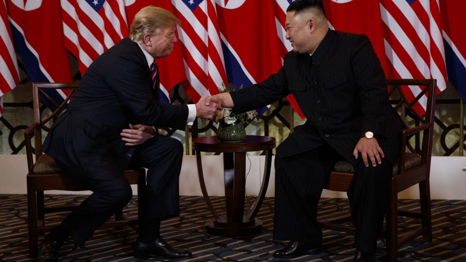САЩ и Северна Корея подписват Ханойска декларация за денуклеаризация