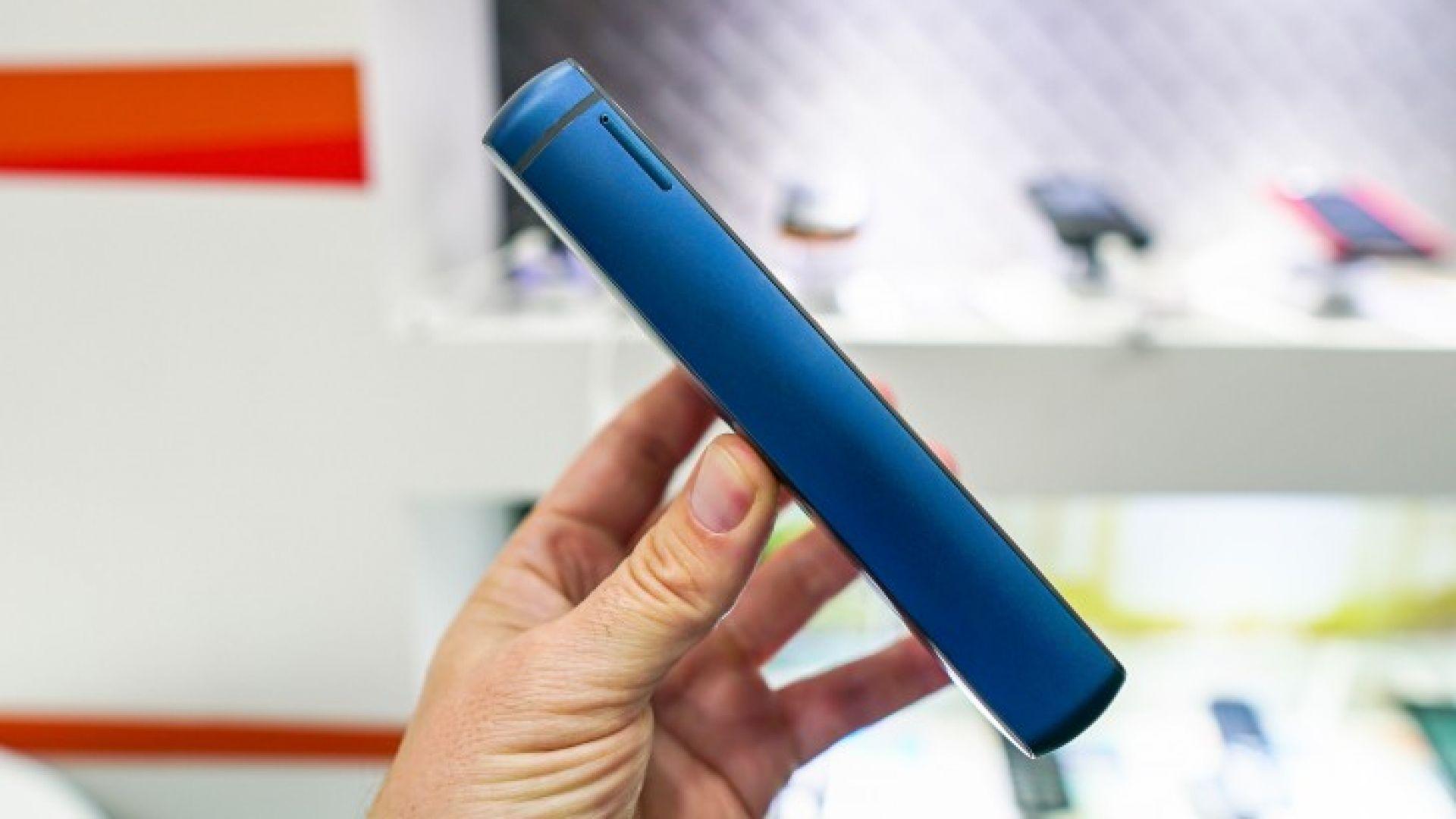 Това е най-дебелият съвременен смартфон