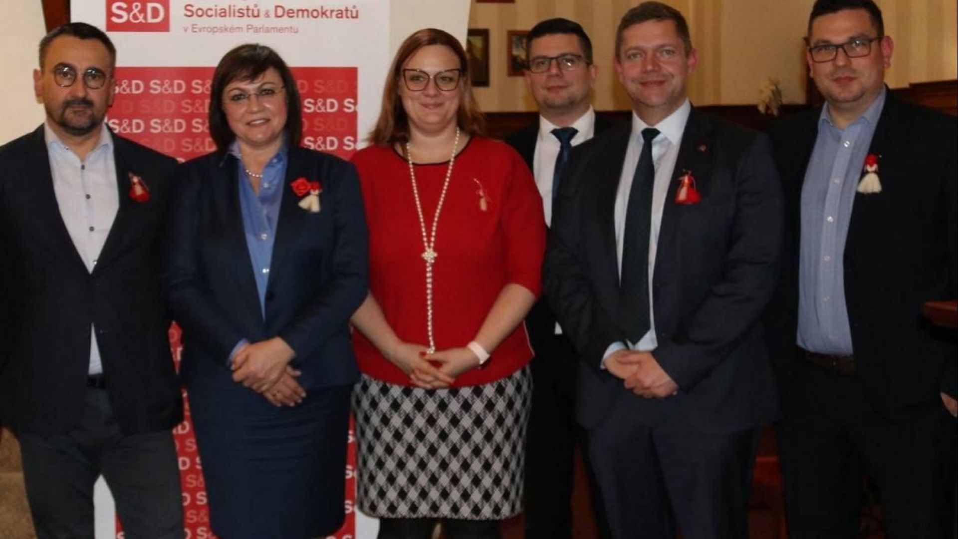 Корнелия Нинова се срещна в Чехия с лидери от Вишеградската четворка и Хърватия