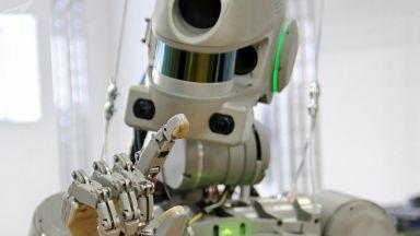 Русия изпраща на МКС... робот, който може да стреля (видео)